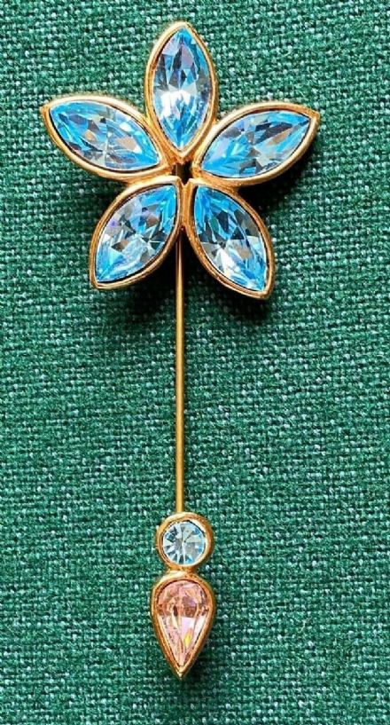 Beautiful Vintage Gold & Blue Stone Yves Saint Laurent Vintage Flower Hat Pin